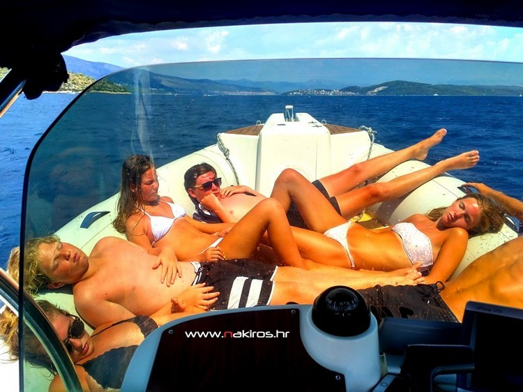 Private Boat Tout Hvar Nakiros Charter