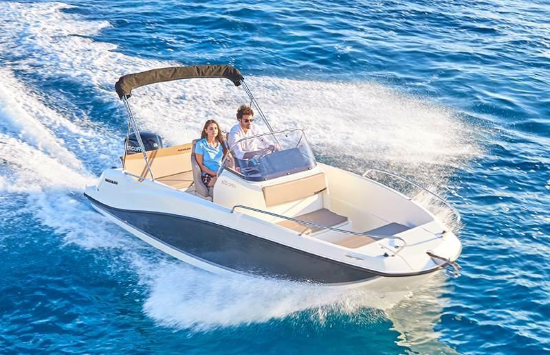 Activ 605 Boat rent